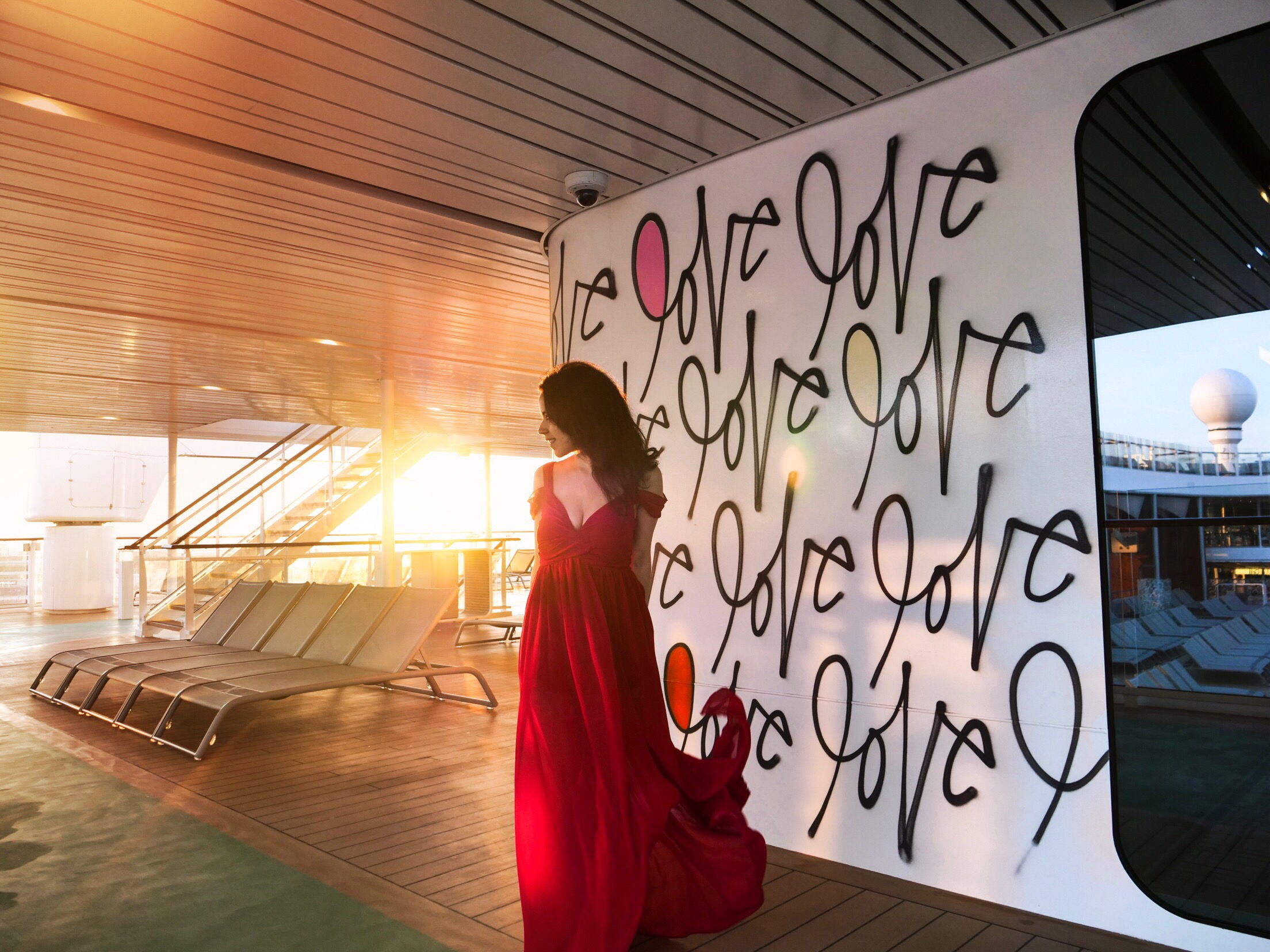 Celebrity Cruises Edge love wall