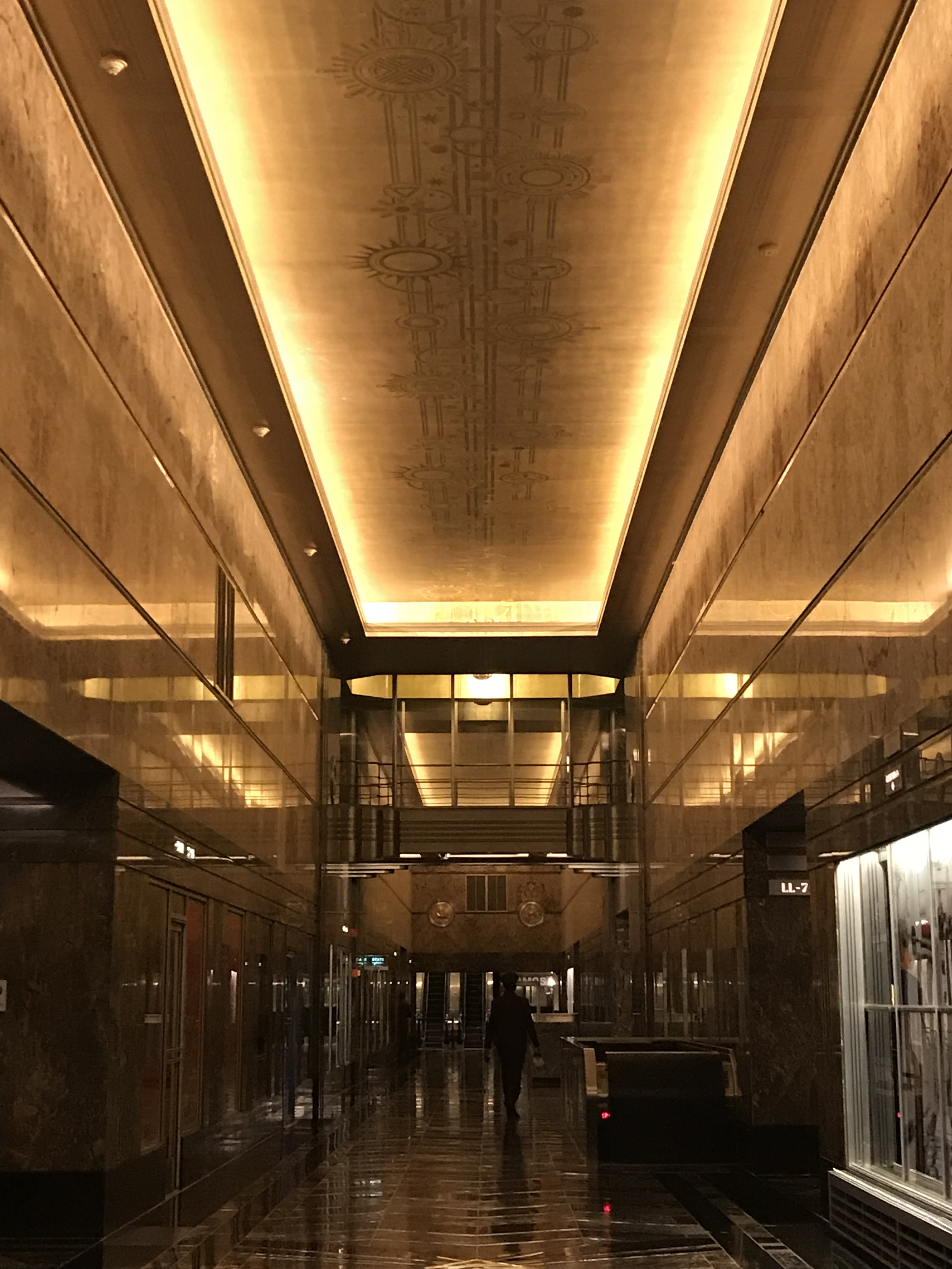 Fifth Avenue Lobby gold ceiling