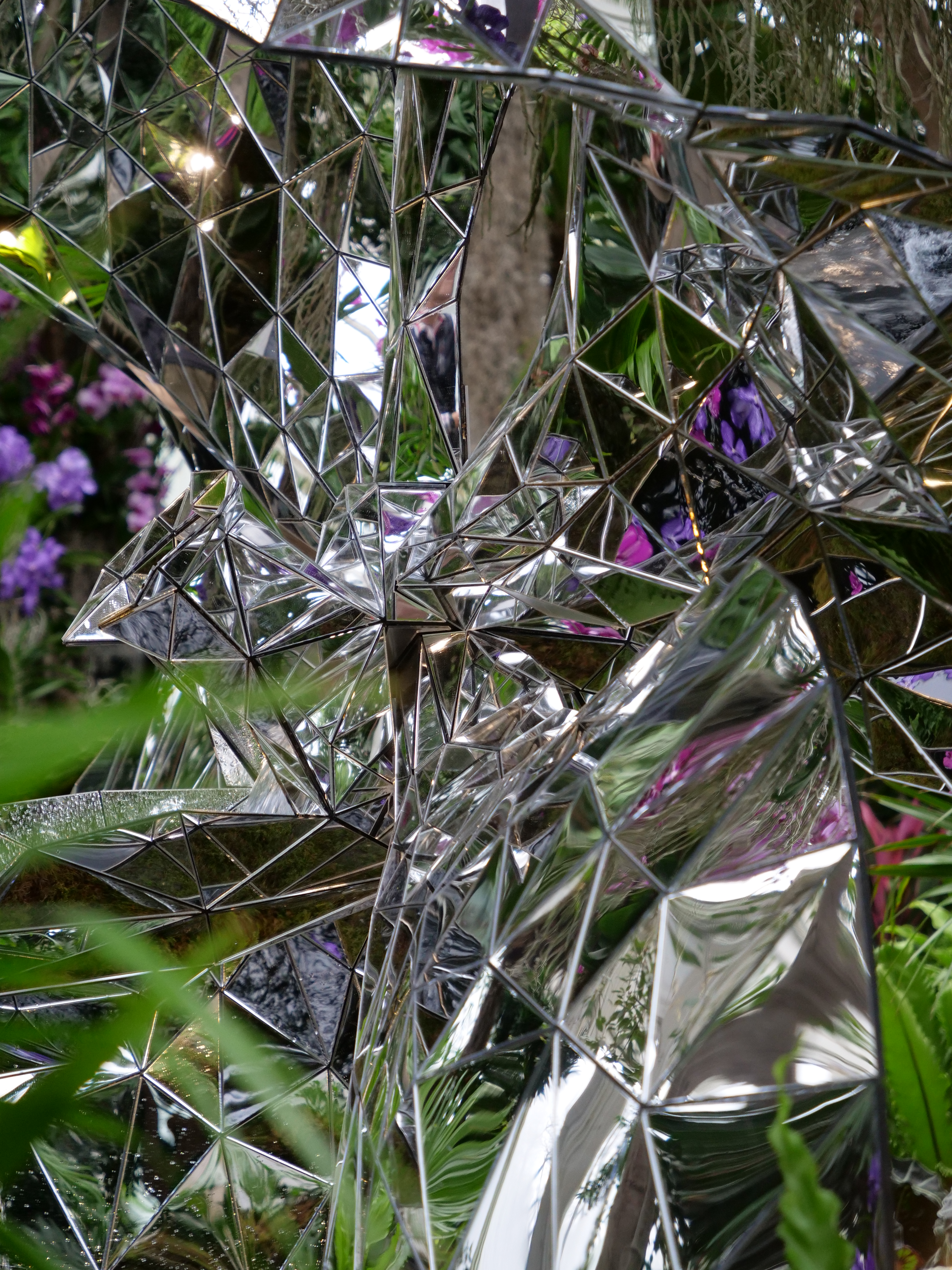 Mirror sculpture Jeff Leatham NYBG Orchid Show NYC 2020