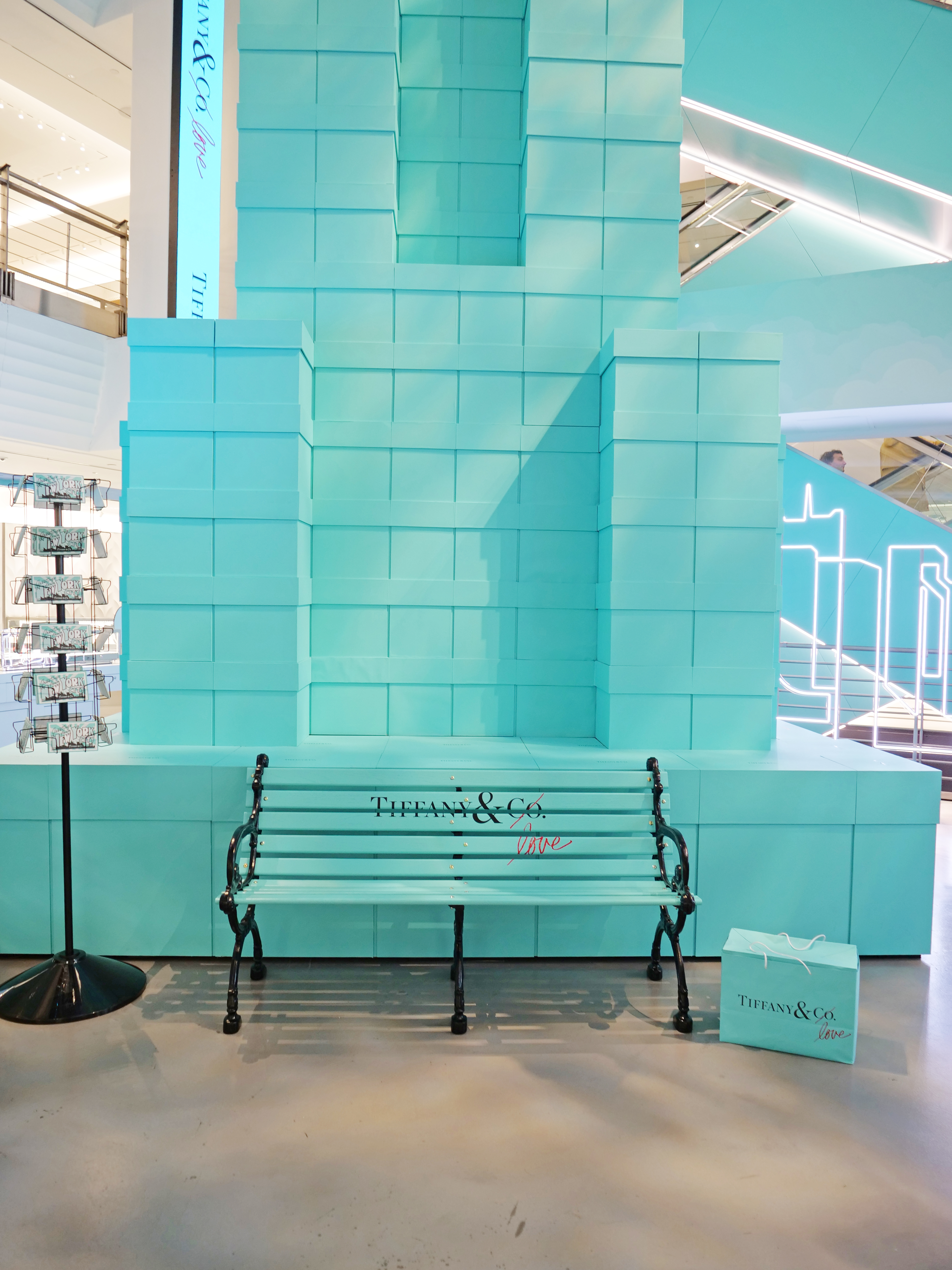 NYC Tiffany and Co Valentine's Day Subway Flower Installation park bench postcards Empire State Building
