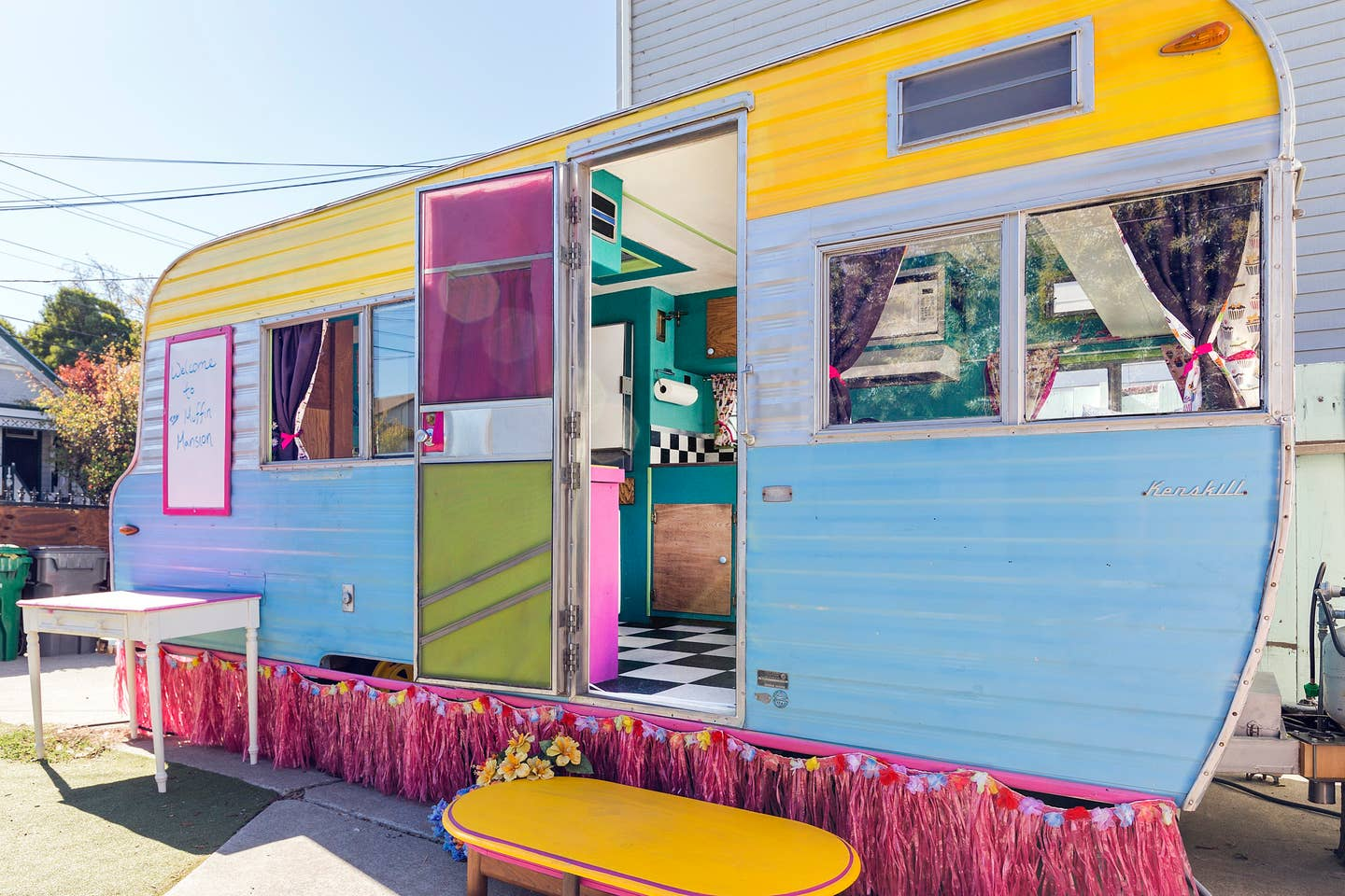 Most Unique USA Airbnbs vintage colorful caravan airstream painted exterior