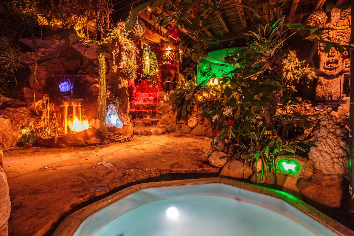Most Unique USA Airbnbs pirate pool cave