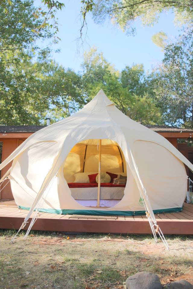 Most Unique USA Airbnbs Sedona Arizona red rocks